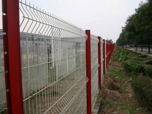 护栏网材质价格主