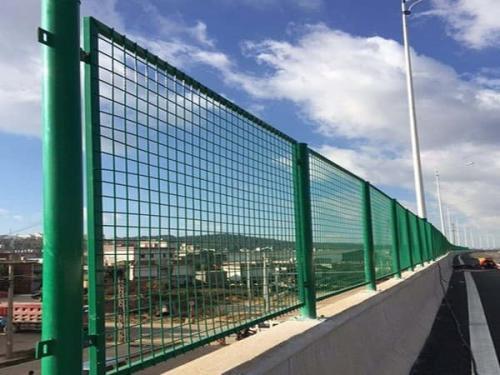 河道防护栏设计