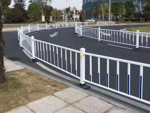 社区安装围栏后实