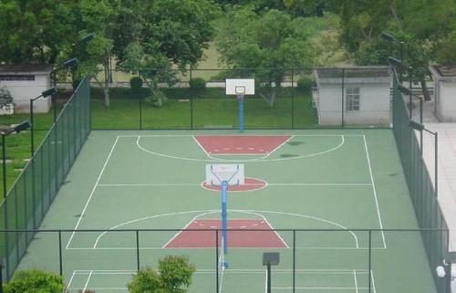 网球场围网给人们