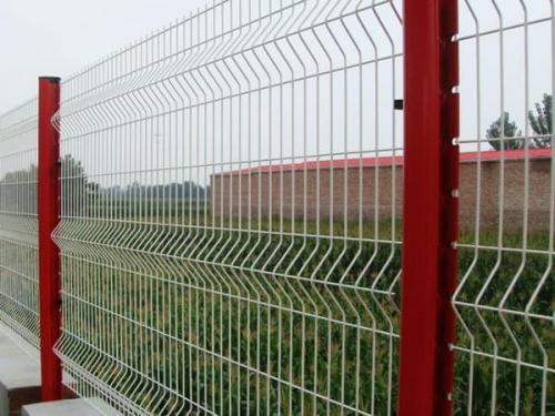 护栏网安装主要步
