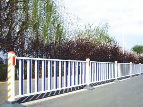 锌钢护栏成为城市