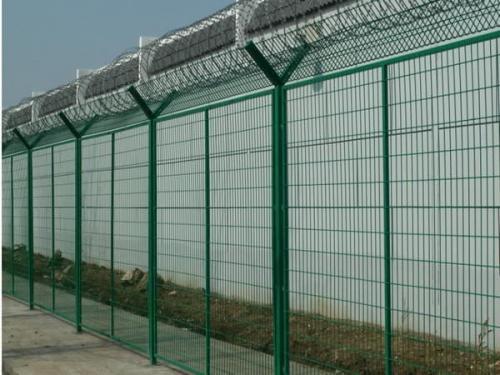 监狱护栏网的防锈