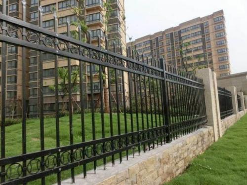小区锌钢护栏生产