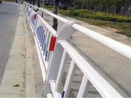 桥梁护栏网厂家简