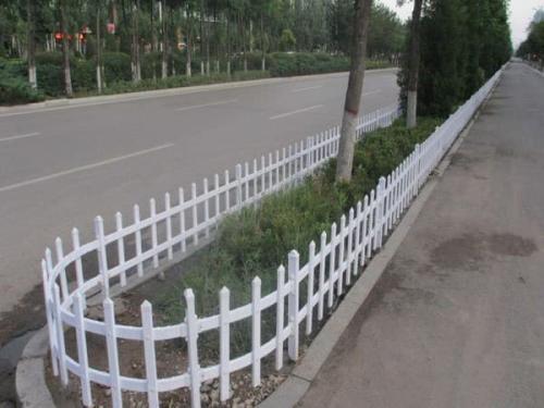 PVC塑料草坪护