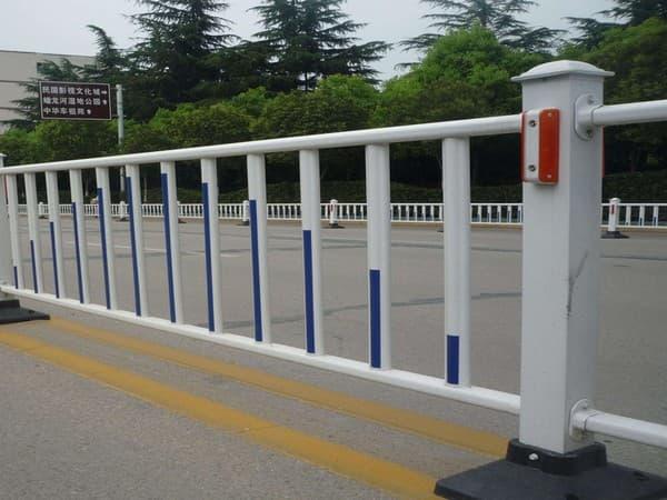 福州市政护栏安装现场