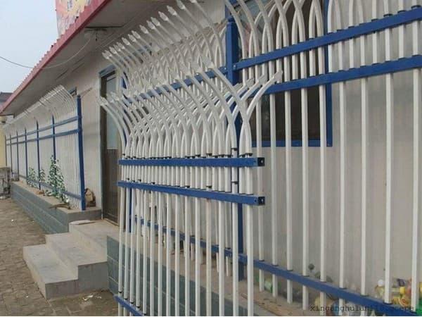 院墙锌钢护栏