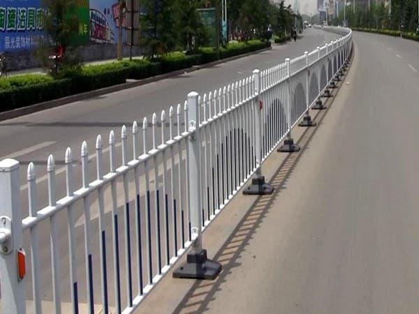 交通锌钢护栏